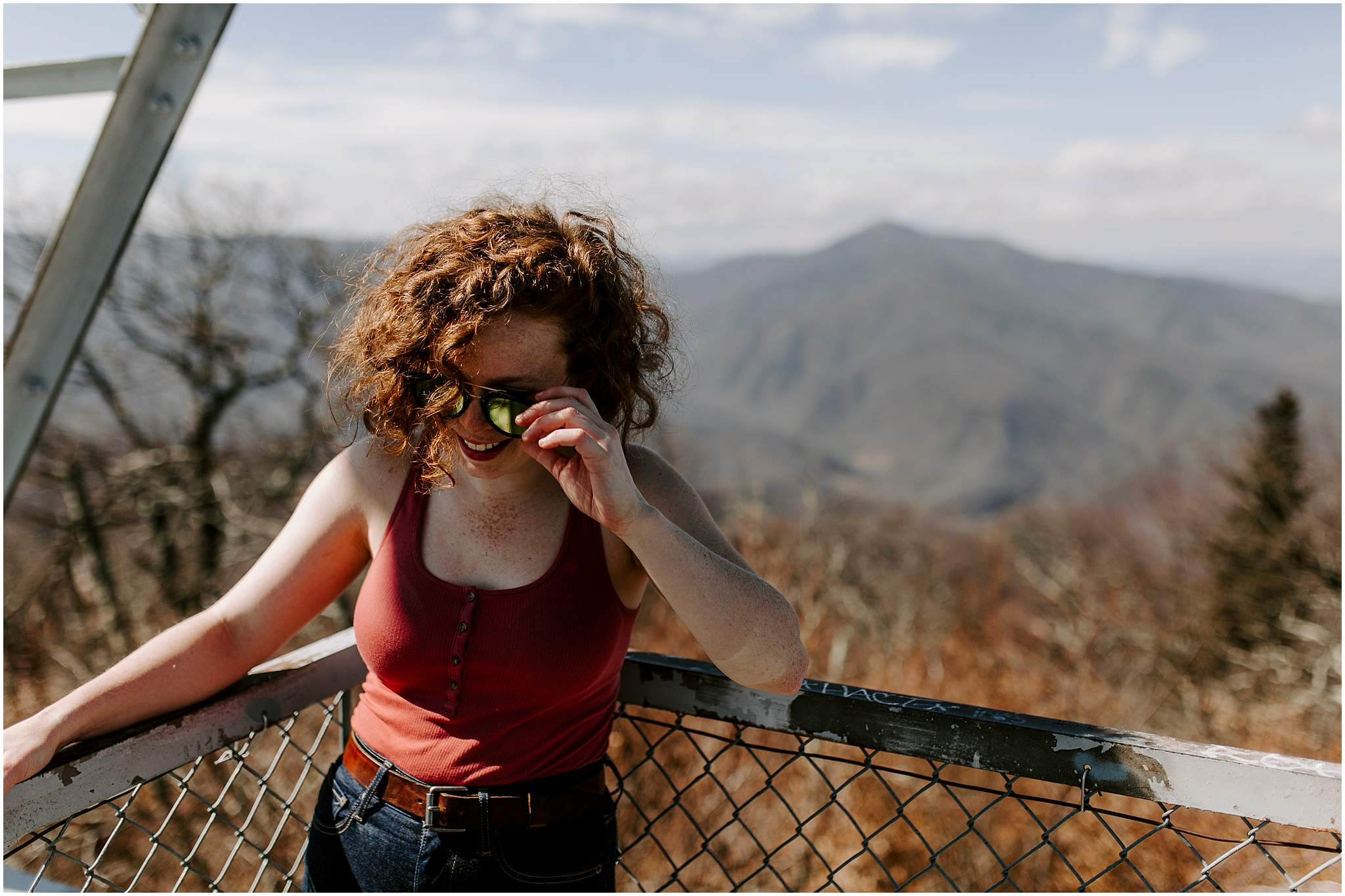 asheville engagement photographer frying pan lookout