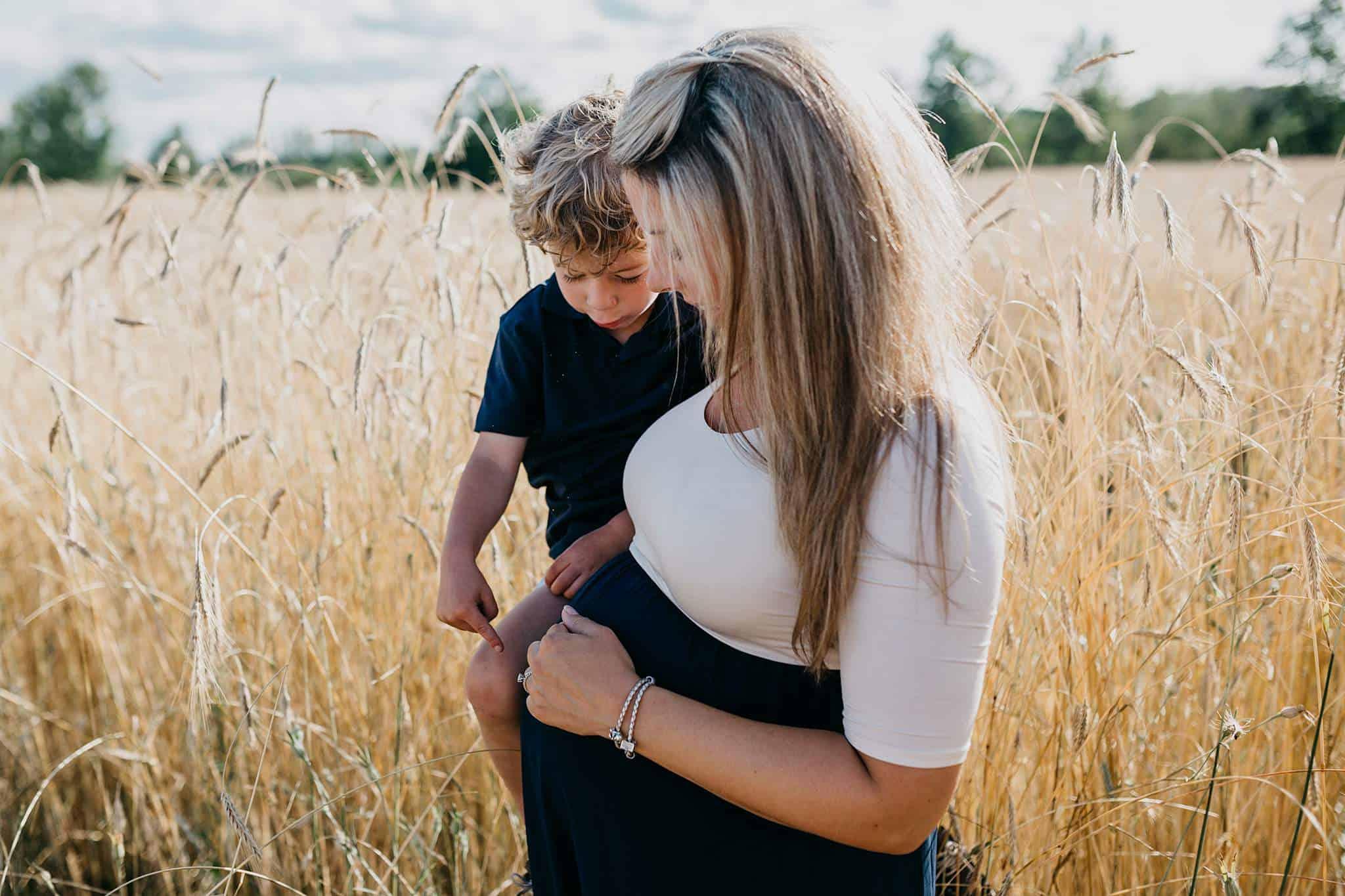 traverse city maternity photographer